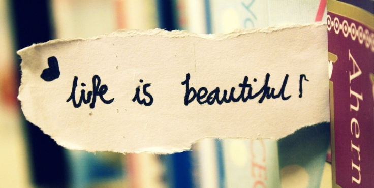 ws_Life_is_Beautiful_Bookmark_1280x1024